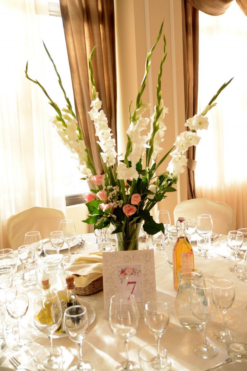 Сватбена украса - гладиоли